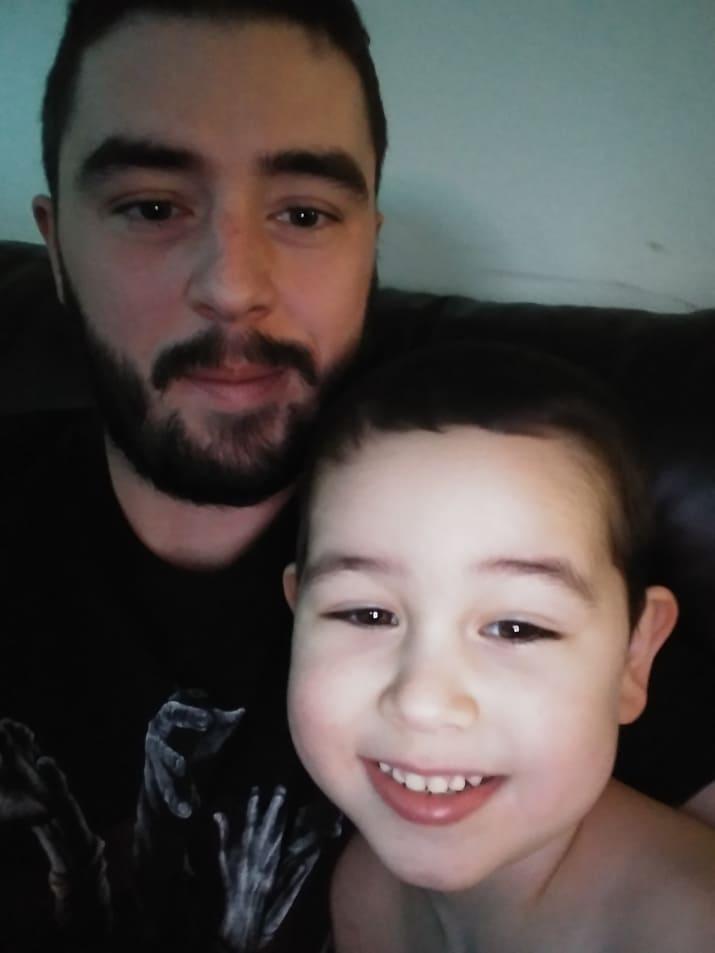 Matthew hizo preguntas a su hijo Caleb para un thread de Reddit de AMA