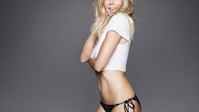Heidi Klum posa desnuda a sus 43 años y se ve increíble