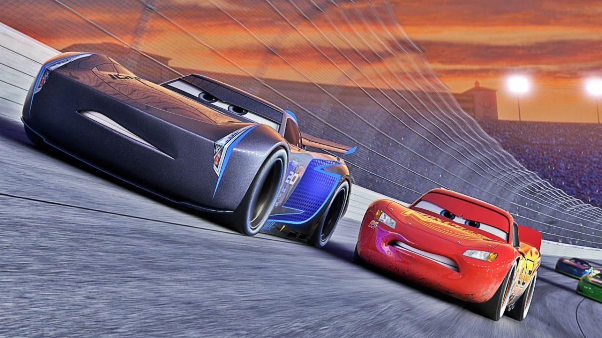 Rayo Mc Queen se moderniza en el nuevo trailer de Cars 3