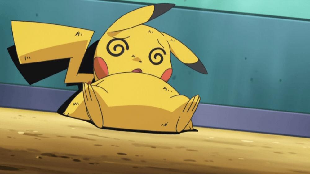 Pikachu noqueado, como si estuviera borracho