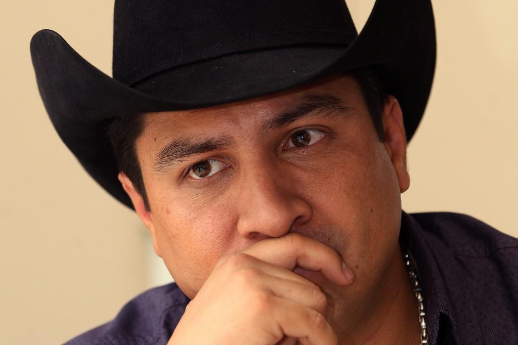 Eliminan a Julión Alvarez de todas las redes