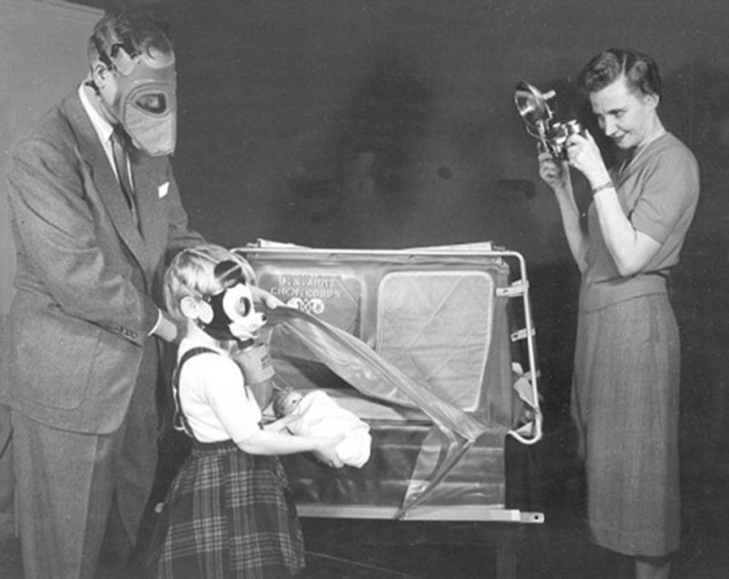 Para brindarle protección a los niños, se crearon unas máscaras antigas de Mickey Mouse durante la Segunda Guerra Mundial.