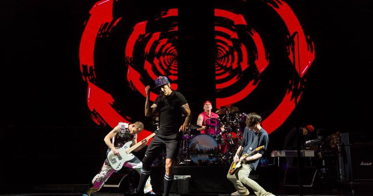 Red Hot Chili Peppers, Palacio de los Deportes, Tributo, 19s, Héroes