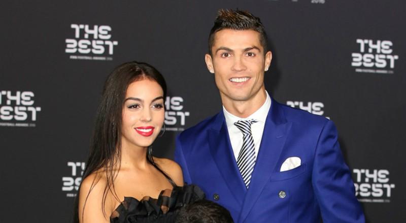 Georgina, novia de Cristiano Ronaldo, a dos días del parto