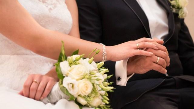 Familia gasta 40 mil dólares en boda: novia se venga