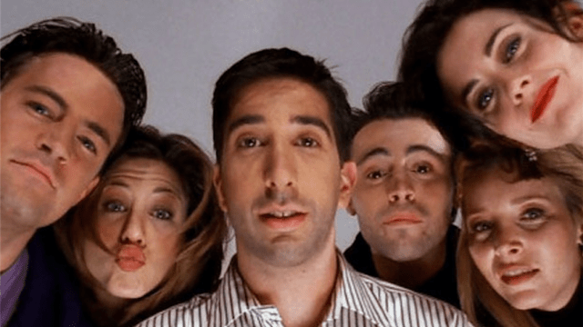Jennifer Aniston abre su Instagram con reunión de Friends