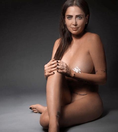 celia-lora-burla-censura-instagram-topless-portada-mexico