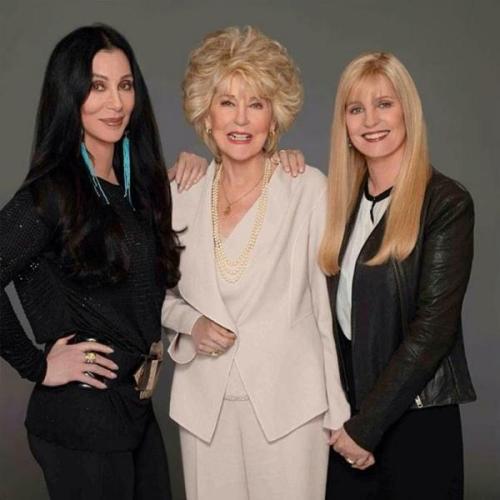 Cher, Gerogina Holt su madre y Georganne LaPiere su media hermana