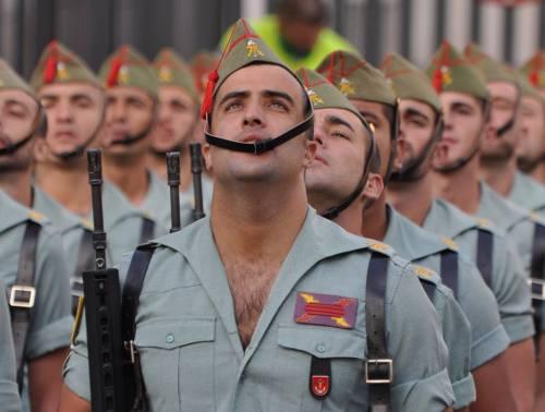 legion española soldados sexis