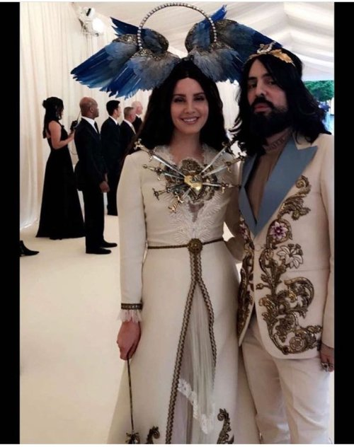 lana-del-rey-met-gala-2018
