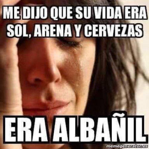 Meme dia del albanil