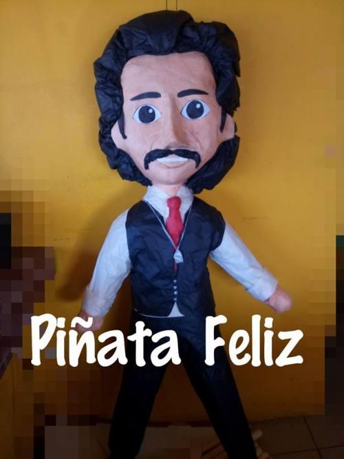 Piñata Luis Rey