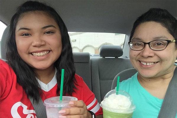 Una triste historia de amor madre-hija, contada con fotos