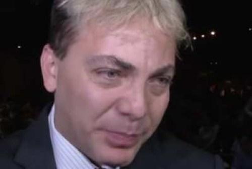 Cristian Castro llorando
