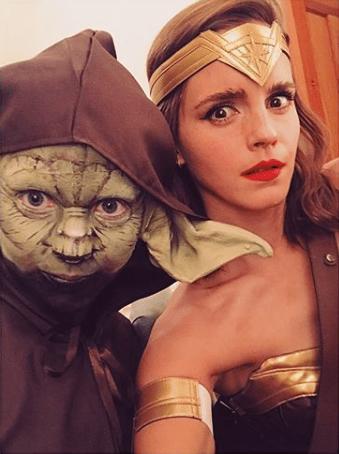 Emma Watson se disfrazó de Mujer Maravilla, aunque ya lo era