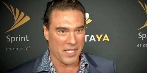 Eduardo Yañez agrede a hombre