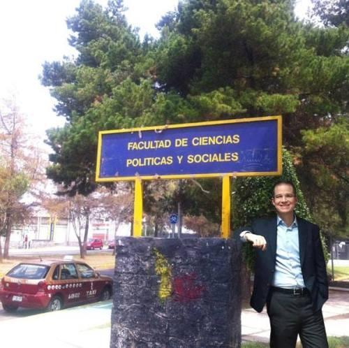 Mememes Ricardo Anaya en la UNAM