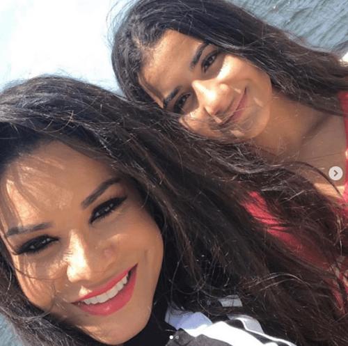 Hija de Julián Gil arremete contra Carolina Sandoval