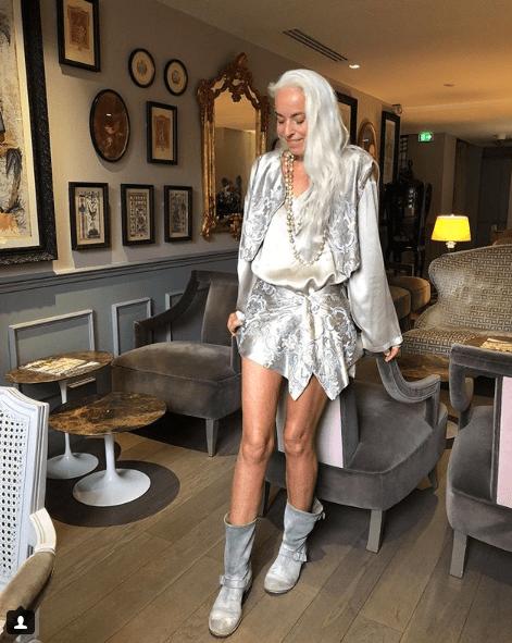 Modelo francesa de 64 años explica cómo es que se ve de 30
