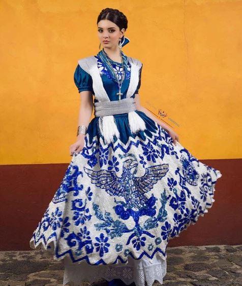 Miss México sorprende con vestido huichol en Miss Universo