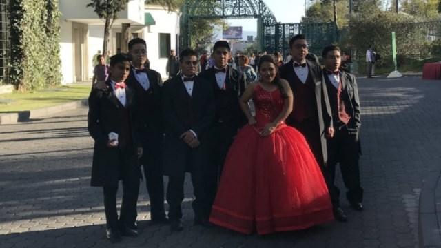 Quinceañera En Los Pinos, Los Pinos, XV Años, Los Pinos Abiertos, Abren Los Pinos, Quinceañeras