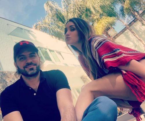 Dulce Maria anuncia compromiso con Paco Álvarez