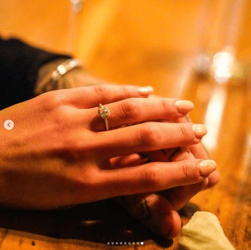 Mia Khalifa recibe anillo de compromiso
