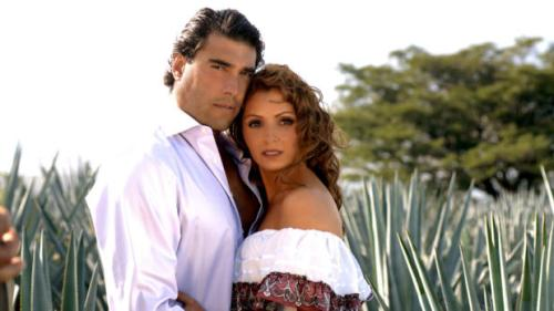 Eduardo Yáñez anda con Angélica Rivera