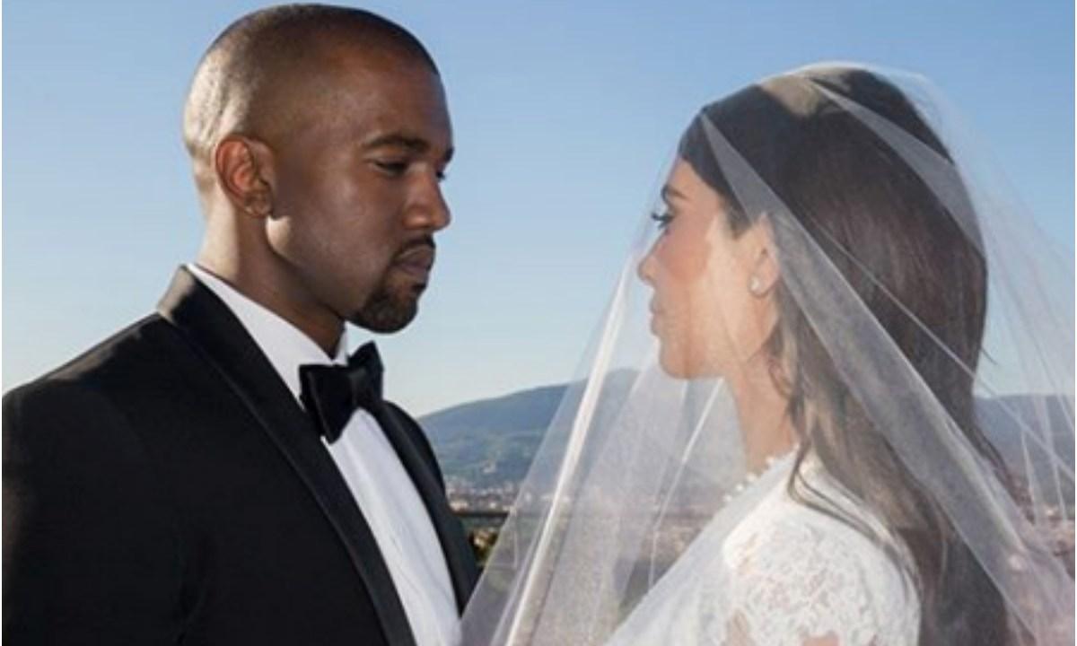 Kim Kardashian celebra su aniversario con fotos inéditas de su boda con Kanye West