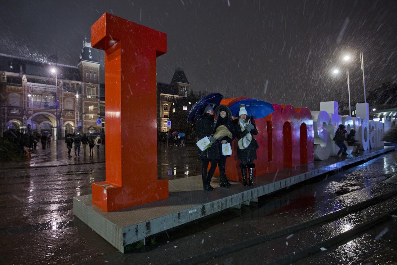 Casate-holandes-Visita-Amsterdam-ceremonia-boda-turismo