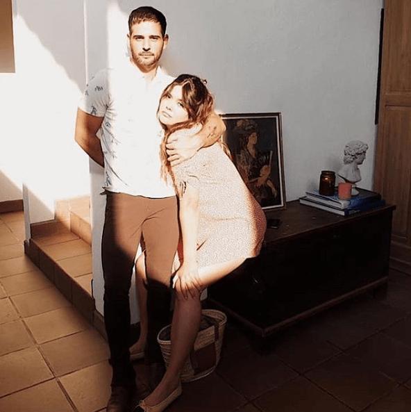 Yuridia se casó en secreto con su novio, foto levanta sospechas