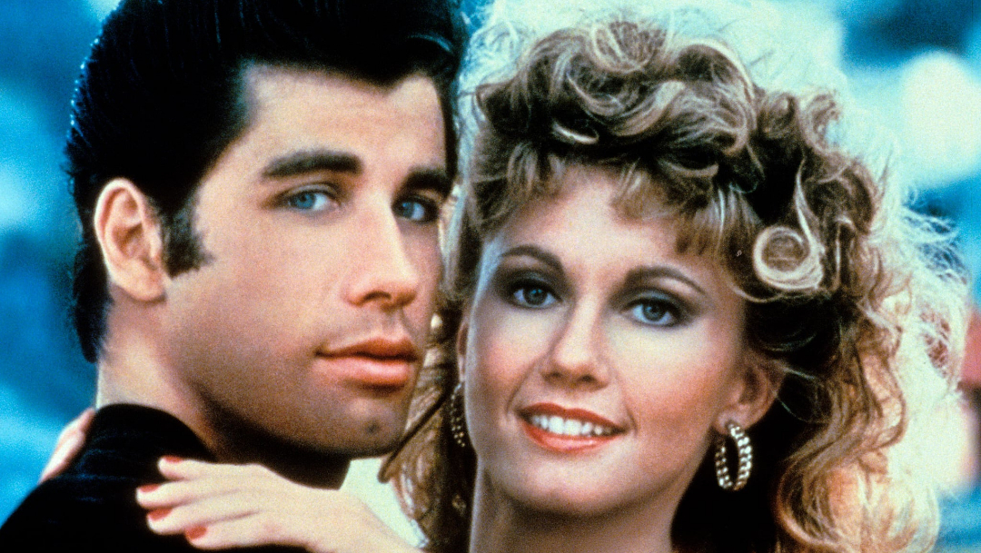 John Travolta y Olivia Newton-John recrean personajes Grease