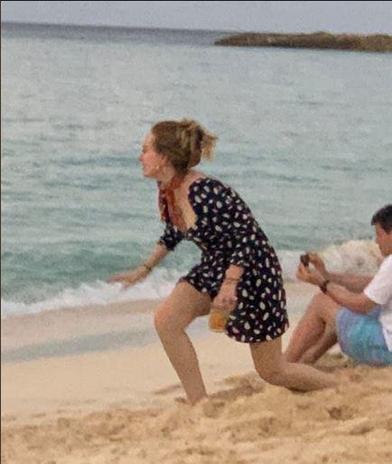 Adele y Harry Styles pasan vacaciones juntos en secreto
