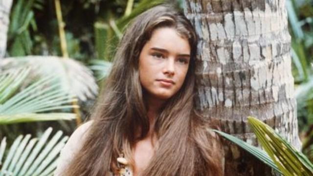 Brooke Shields impacta con foto en bikini a los 54 años