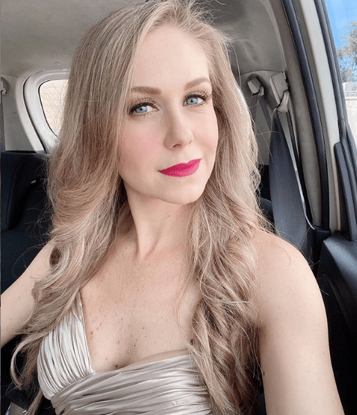 Ingrid Martz sufre accidente automovilístico con su hija