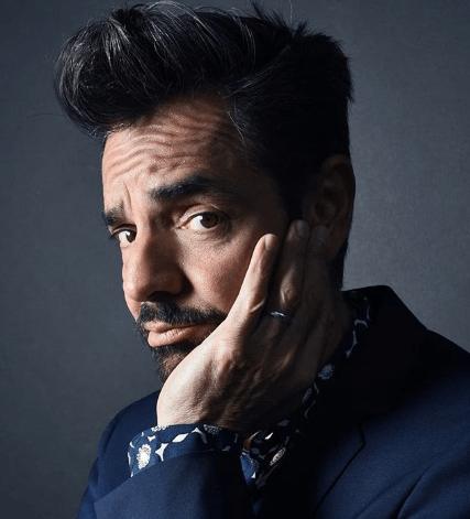 Eugenio Derbez revela la verdad de su boda falsa con Victoria Ruffo