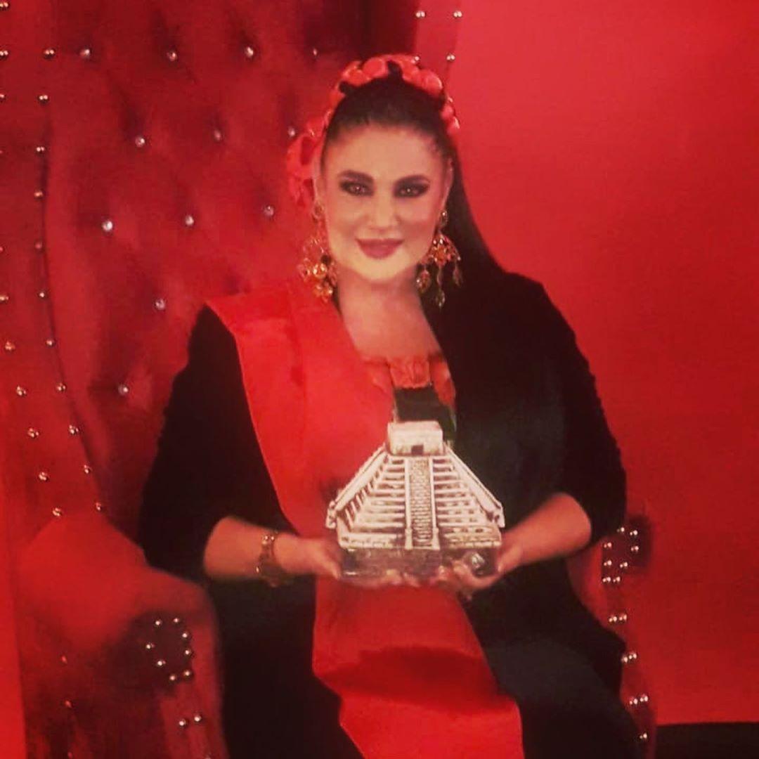 Alejandra Avalos asegura que Erika Buenfil y Laura Flores la molestaban