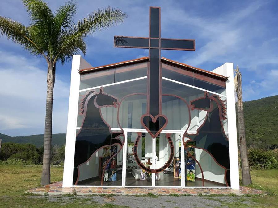 La tumba de Joan Sebastian en peligro de saqueo y temen por los restos del cantante