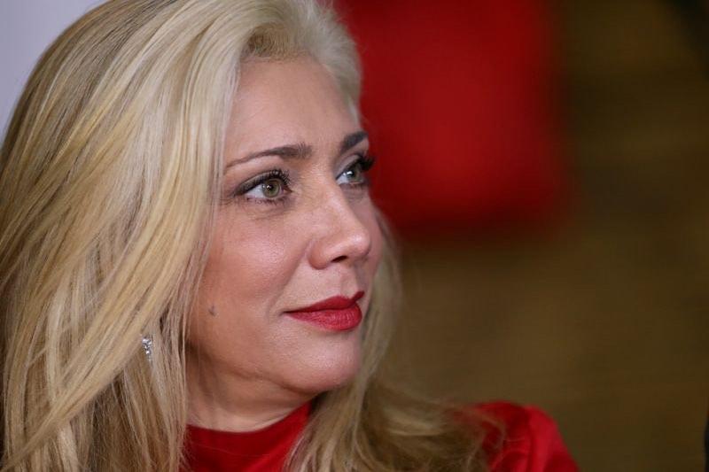 Cynthia Klitbo reveló le pidieron matrimonio tras crisis