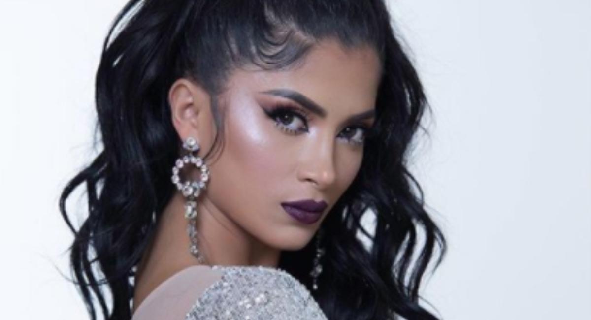 Kimberly Flores compartió foto sin maquillaje así luce