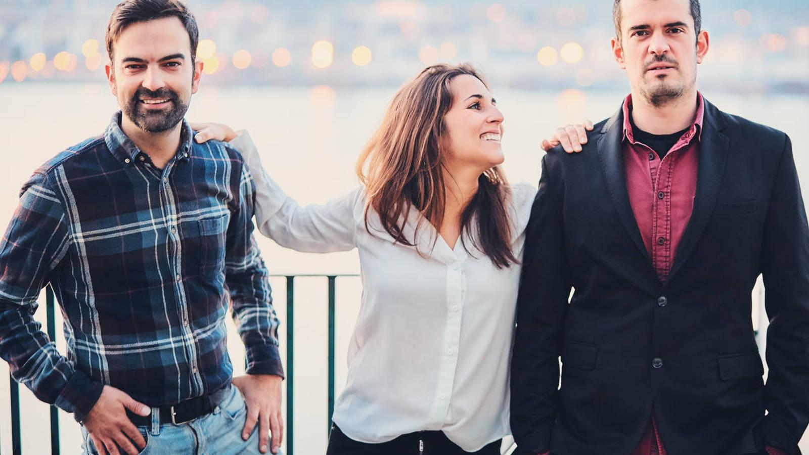Estudio revela que las mujeres necesitan dos maridos para ser más felices
