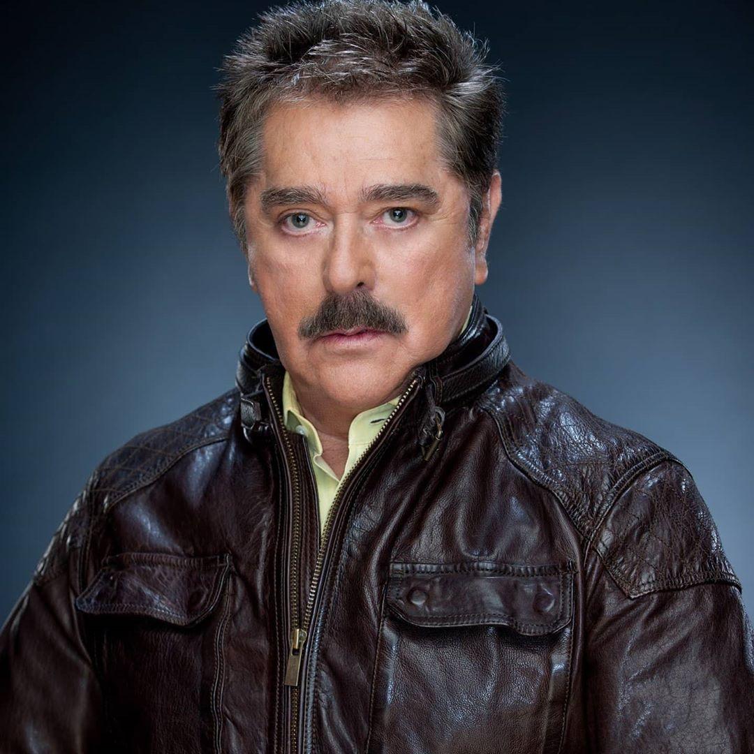Hospitalizan de emergencia al actor Raymundo Capetillo