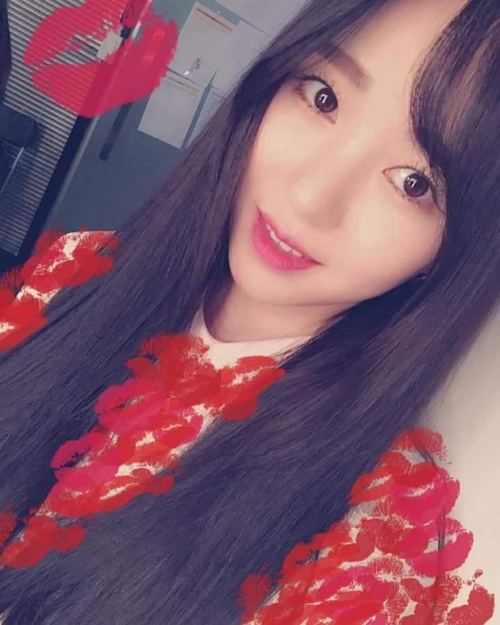Fotos de Mina de AOA para celebrar su cumpleaños 27 de edad
