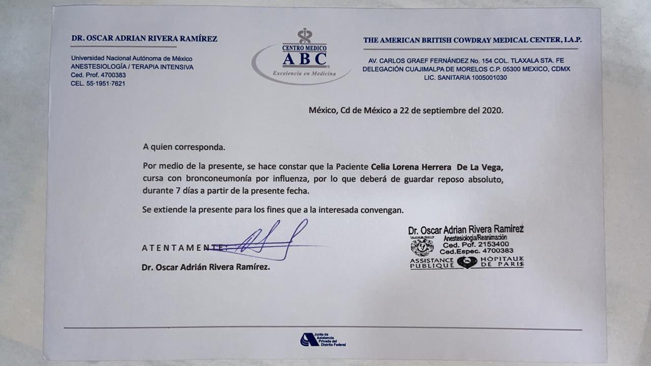 Reportan a Lorena Herrera enferma de bronconeumonía