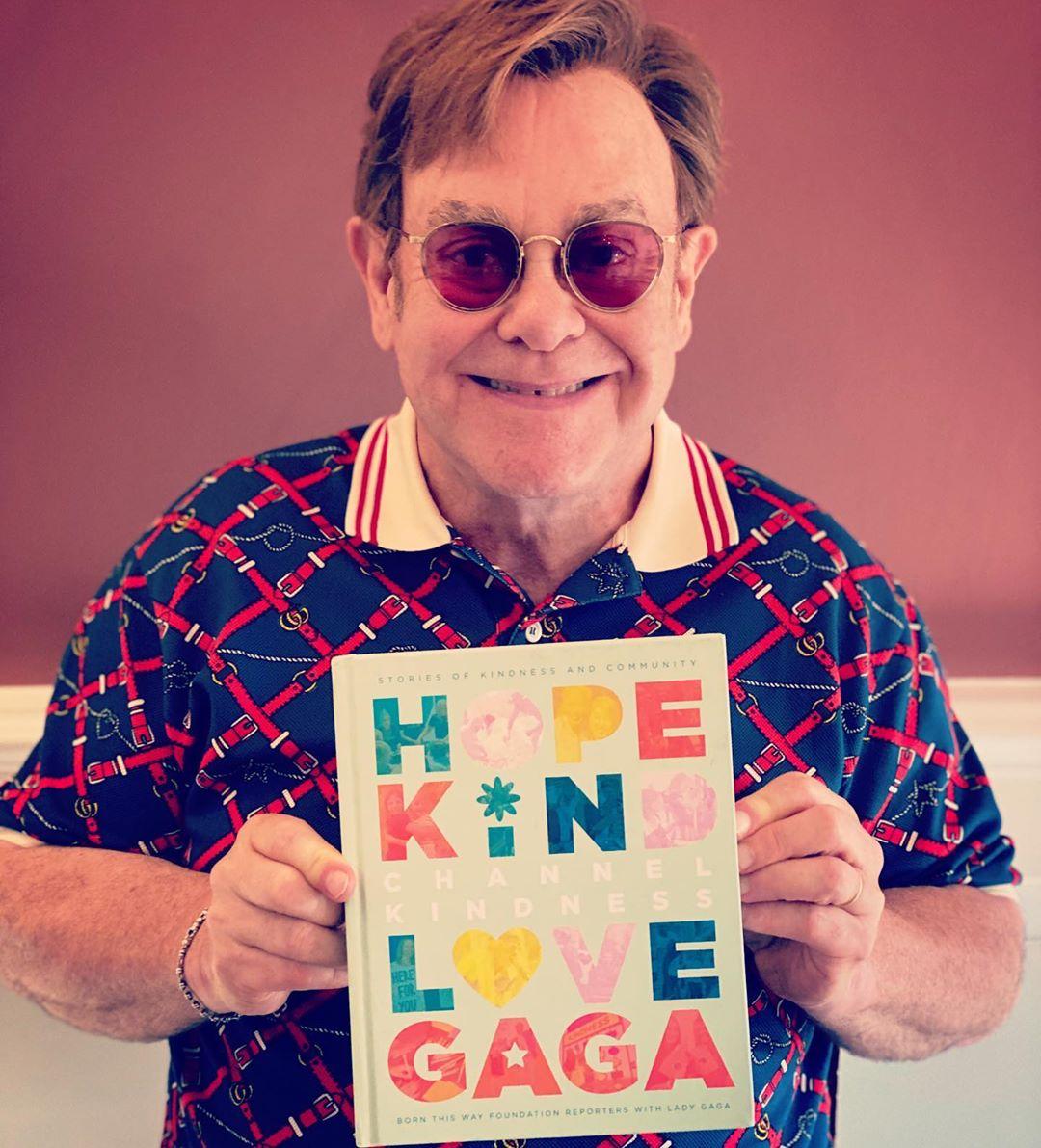 Elton John y Gorillaz colaboran