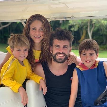 Shakira y Piqué con Milán y Sasha
