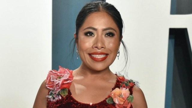 Yalitza Aparicio sonriente por su fortuna