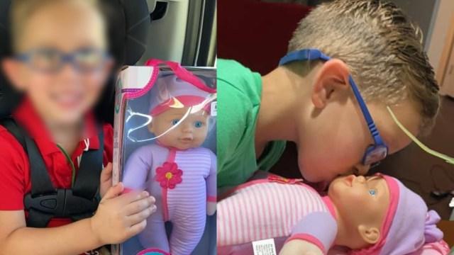 Niño pide muñeca para jugar a ser el mejor papá del mundo