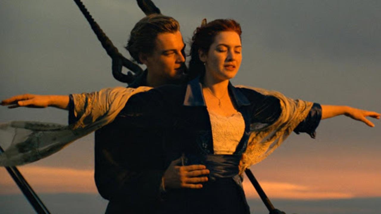 Pareja muere tras intentar recrear el Titanic
