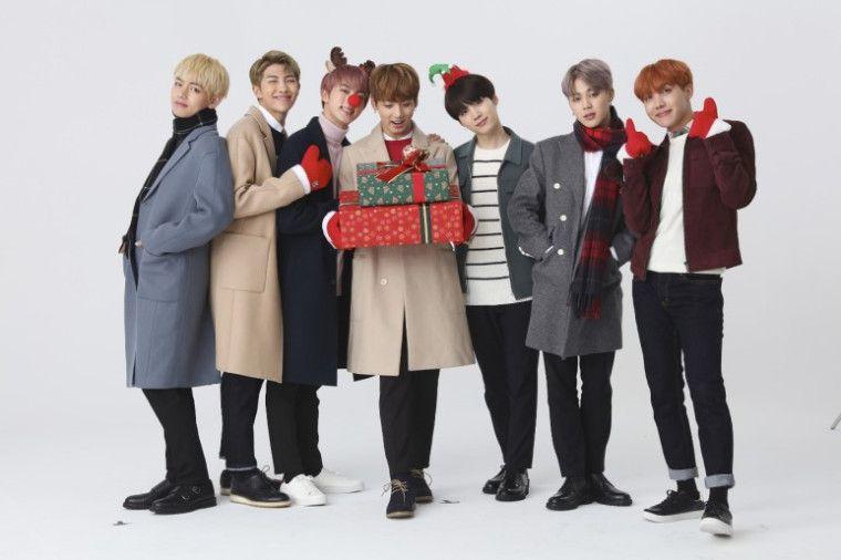 """BTS lanza una nueva versión de """"Dynamite"""" para celebrar Navidad"""